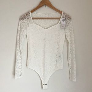 Hollister white Lace Longsleeve Bodysuit Small NWT